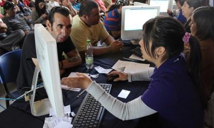 Alumnos de Duoc UC apoyan Operación Renta 2017