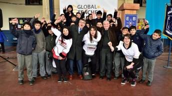 """Elige Educar lanzó premio para encontrar a los profesores que representarán a Chile en """"el Nobel de la enseñanza 2018"""