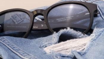 25308c9a2e Karün lanza colección de anteojos hechos de jeans reciclados en plataforma  Kickstarter