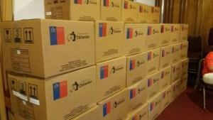 Chilenter y Enlaces entregan 295 computadores a colegios de la Araucanía