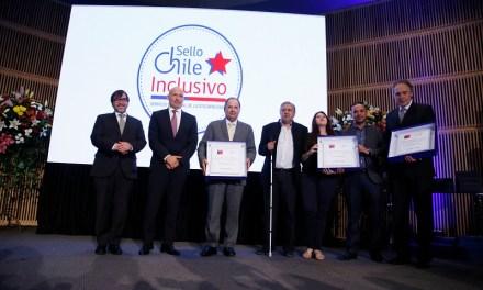 Gobierno reconoció con distinción máxima a 14 empresas e instituciones públicas ganadoras del Sello Chile Inclusivo 2017