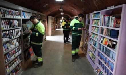 En Turquía, los basureros rescatan libros y les dan una segunda vida