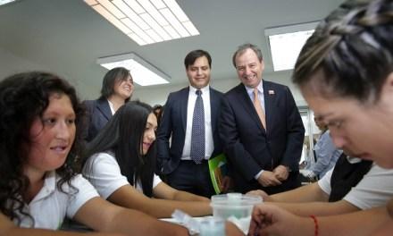 """Ministro de Educación, Gerardo Varela: """"Chile no puede seguir perdiendo talentos"""""""