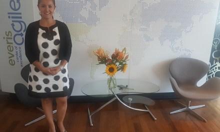 """""""Para tener una cultura consciente, tienes que generar lideres conscientes"""", Patricia Adriazola, Directora Recursos Humanos eneverisChile"""