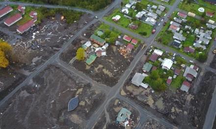 Desafío Levantemos Chile entrega más de 50 herramientas a damnificados de Villa Santa Lucía