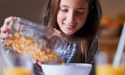 Nestlé lanza iniciativa global para ayudar a niños allevar vidas más saludables