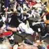 Proyecto de reciclaje busca recaudar zapatillas en desuso y evitar que lleguen a vertederos transformándolas en combustible