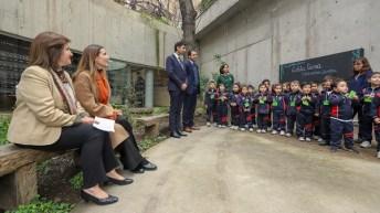 Ministra Carolina Schmidt recibe primera política de responsabilidad ambiental del Museo Violeta Parra
