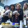 6º Feria Chiloé Mujer exhibirá nutrida muestra de artesanía, textilería y gastronomía típica de la Isla