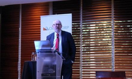 Matthew Bishop expuso sobre el futuro de la filantropía