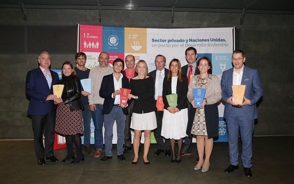 Emprendimiento chileno que combate la violencia escolar gana importante premio en Chile y España