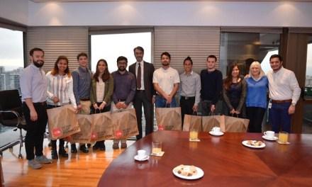 Jóvenes ganan bronce en competencia científica internacional con innovación que anticipa la presencia de marea roja