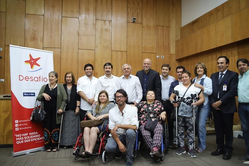 Desafío Levantemos Chile ha realizado cerca de 500 operaciones de artrosis de cadera a lo largo de Chile para reducir listas de espera