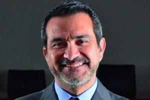 Juan Carlos Chomalí asume como presidente de AFP Capital