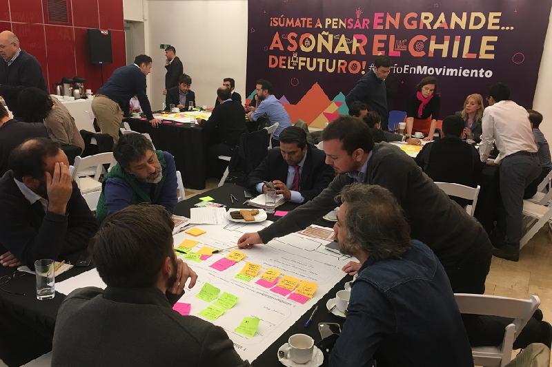 Expertos debatieron sobre ciudades y territorios inteligentes en workshop realizado por Corfo