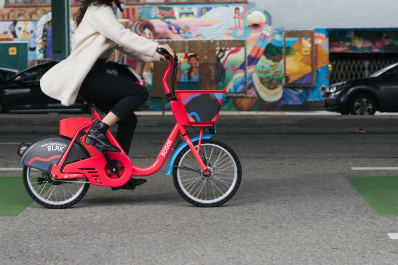 Scoot presenta la primera flota de bicicletas eléctricas de Chile junto a Municipalidad de Las Condes