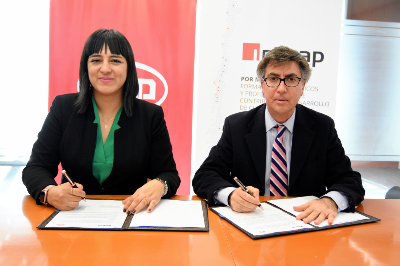 BYD e INACAP firman convenio para potenciar formación técnico-profesional en electromovilidad