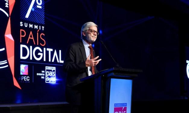 Pelayo Covarrubias: «Nos estamos quedando atrás en materia de digitalización y eso afecta a toda la sociedad»