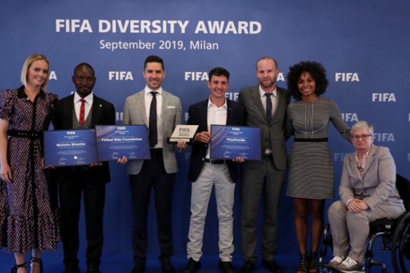 Fundación Fútbol Más gana el premio FIFA 2019 por su aporte a la diversidad en el fútbol