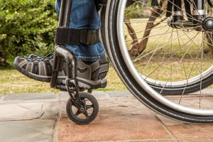 Este programa de SENADIS subsidia la compra de silla de ruedas