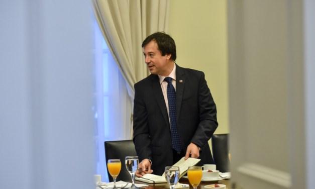 """Ministro Palacios acuerda con la CPC agenda 2.0 para empresas: """"la persona debe estar siempre en el centro"""" de la actividad empresarial"""