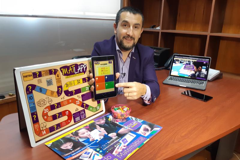 Profesor de Mulchén inventa aplicación para aprender matemáticas jugando