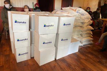 Manuka entrega 100 cajas de víveres a familias de Puerto Octay, Máfil y San Juan de la Costa