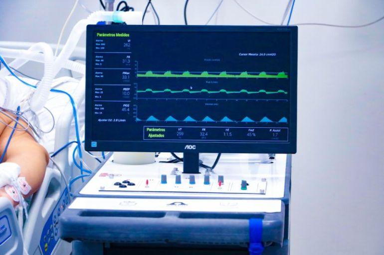 """""""Un Respiro para Chile"""": Avanzan pruebas clínicas de ventiladores mecánicos fabricados en nuestro país"""