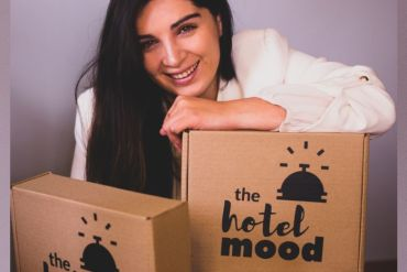 The Hotel Mood: emprendedora talquina elabora cajas de experiencia hotelera