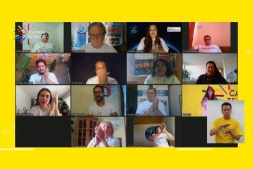 Premian a 14 chilenos que lideran proyectos de impacto positivo en su comunidad