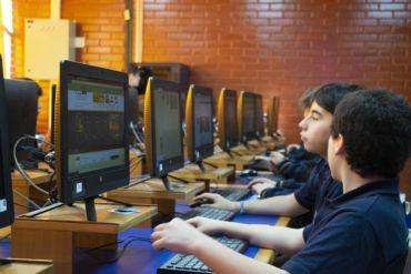 95% de los padres considera que los estudiantes deben recibir una adecuada enseñanza en ciencias de la computación según Estudio Clio Dinámica y Fundación Kodea