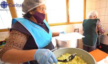 """Caritas Chile lanza nueva campaña humanitaria por COVID-19: """"Juntos frente a la Emergencia"""""""