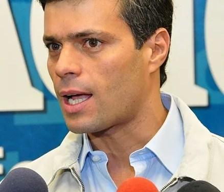 Leopoldo López y su familia ingresaron a la embajada de Chile en Caracas