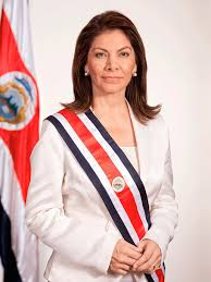Laura Chinchilla denuncia golpe de Estado en Costa Rica a cuenta gotas