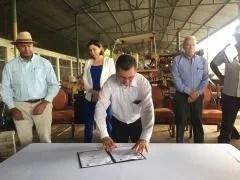 Fábrica de adoquines y blocks construye oportunidades laborales en Limón
