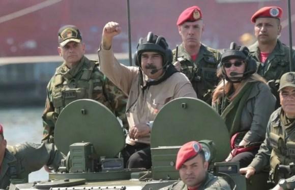 """Maduro amenaza con ejercicios militares en frontera y Colombia pone """"prudencia como regla de oro"""""""
