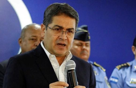 Presidente de Honduras recibió soborno del Chapo