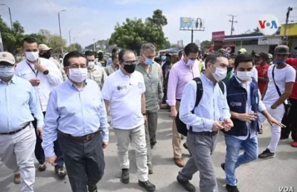Colombia evalúa estrategias para atender casos de Covid-19 de venezolanos en la frontera