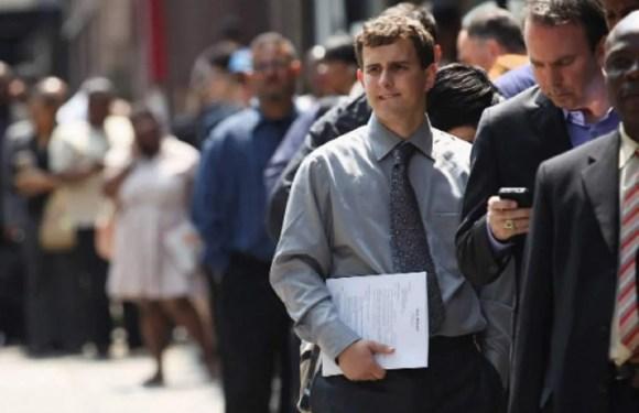 La creación de trabajos de EEUU se acelera en junio mientras la tasa de desempleo baja