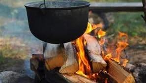 Vuelven las antiguas cocinas de leña a Venezuela