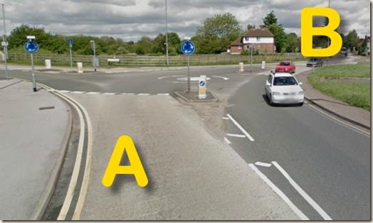 Wilford Lane mini-roundabout - from the south