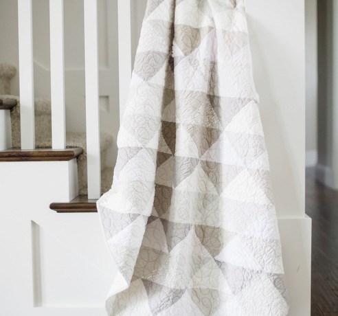 Grey and white modern neutrals quilt