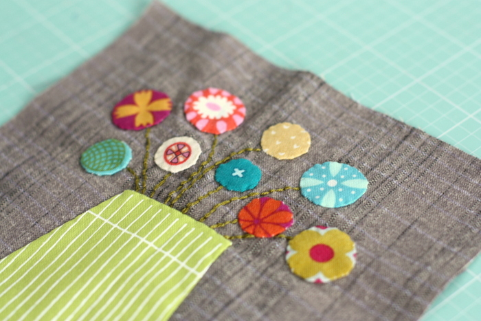 Applique flower block by Jen Kingwell