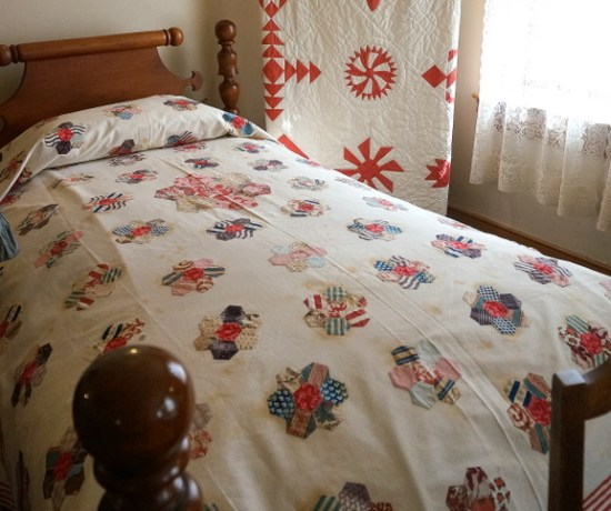 antique quilts