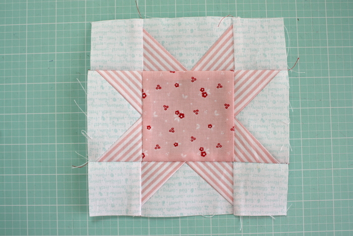 Fast Flying Geese + Sawtooth Star Quilt Block Tutorial featured by top US quilting blog, Diary of a Quilter: Sawtooth Star quilt block tutorial