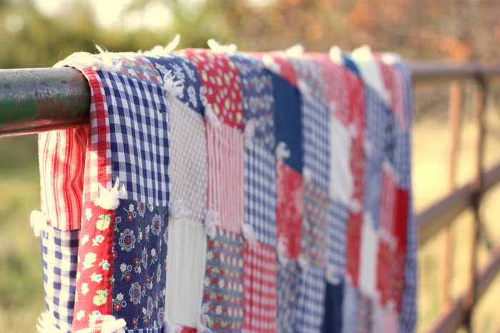 vinage-tied-patchwork-quilt