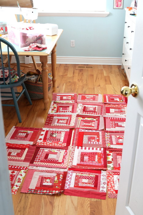 Growing wonky log cabin quilt