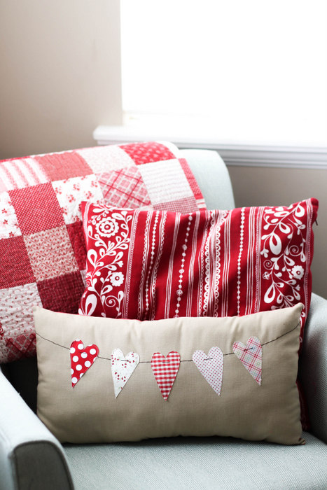 Valentines bunting pillow