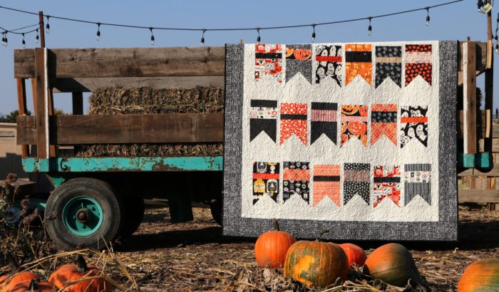 Halloween bunting quilt - made with Amy Smart's Summer Bunting quilt pattern - Diary of a Quilter