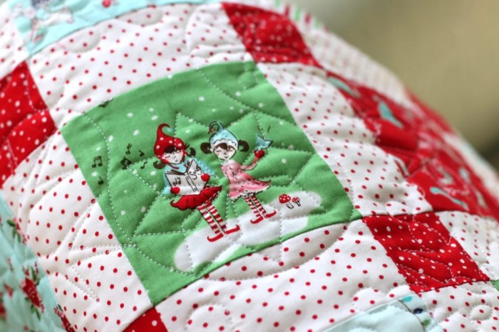 Time For Christmas Which Isnt As Impressive As It Sounds Considering I Pieced The Top Last December Lol All It Needed Was The Quilting And Binding